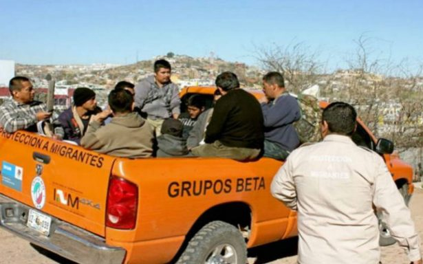 Rescatan a 19 migrantes en el desierto entre Sonora y Arizona