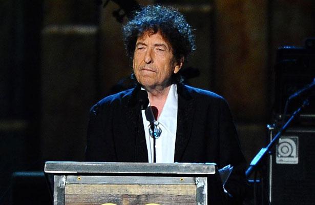 Nunca me pregunté si mis canciones son literatura: Bob Dylan