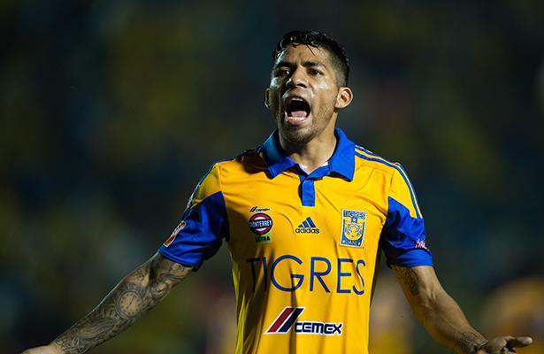 Javier Aquino solo piensa en la final del Apertura 2016 y no en Chivas