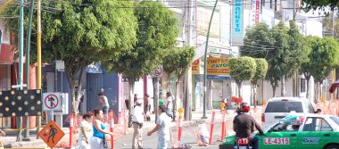 """Un caos, el paso de la """"Oruga"""" en la avenida Miguel Alemán"""