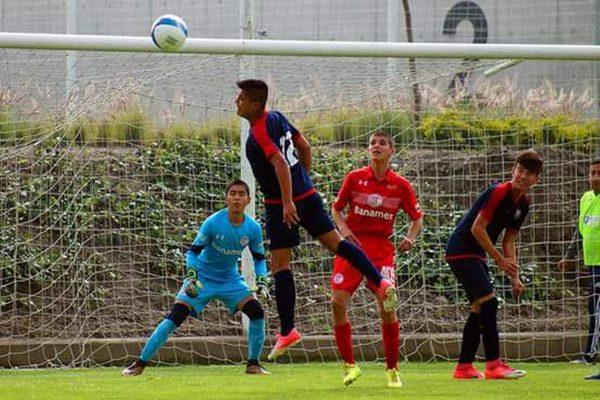 Demuestra su talento; Josué Castro sumó minutos con la Selección Sub 16 de la Tercera División