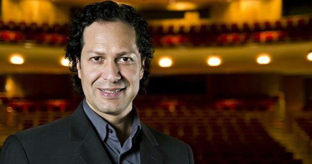 Dejará Dirección del teatro del Bicentenario