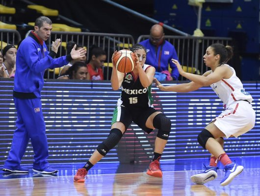 Primer descalabro; Diana Orozco cayó con la Selección Nacional de basquetbol