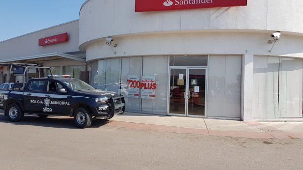 Asaltan banco Santander en Silao