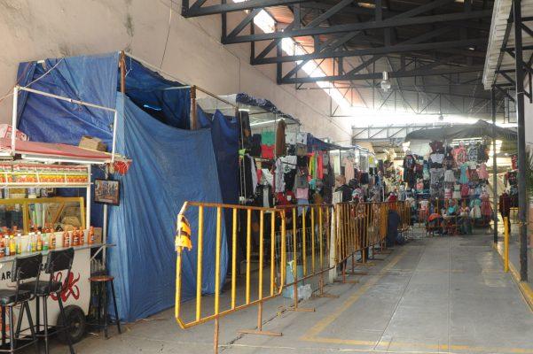 Reubicarán a otros 130 comerciantes del mercado Comonfort