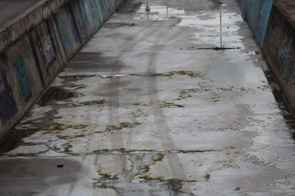 Aprovechan tenerías lluvia para disimular descargas de aguas contaminadas