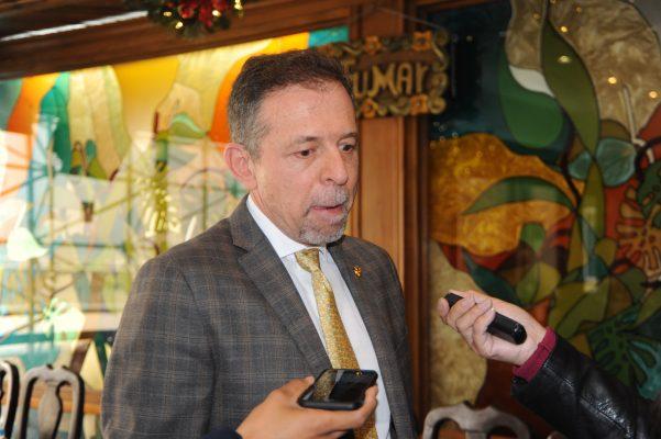 Esperan empresarios que segundo informe de gobierno de Héctor López Santillana sea realista