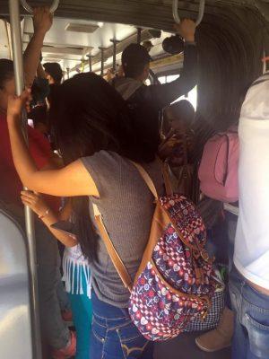 Aún hay pendientes en transporte público