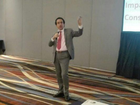 """Presentan estrategias en la conferencia """"El efecto Dubái y su impacto en la construcción moderna"""""""