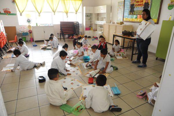 Lanzará SEG en breve convocatoria para sustituir a mil 500 maestros de primaria en la entidad