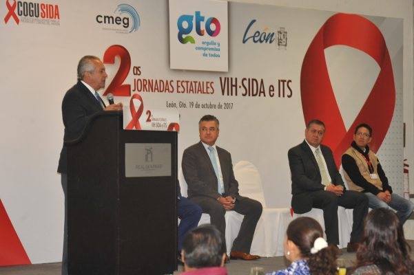 Dan atención a 2,200 personas con VIH en Guanajuato