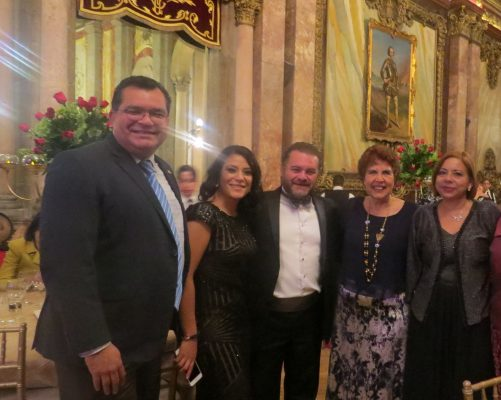 Celebran 4 décadas amigos y socios comerciales Confetur