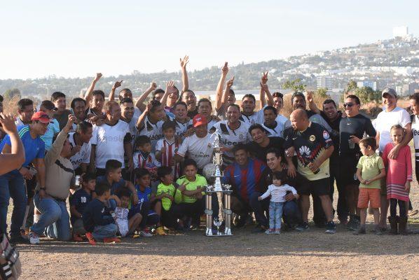 Chatos Grill, bicampeón; Sección 11 es subcampeón en Basquet Veteranos