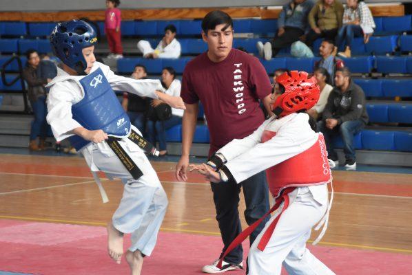 Ayudan con taekwondo; con fines altruistas se realizó la 1ª Copa ACJM