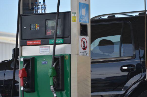 Baja precio de gasolina