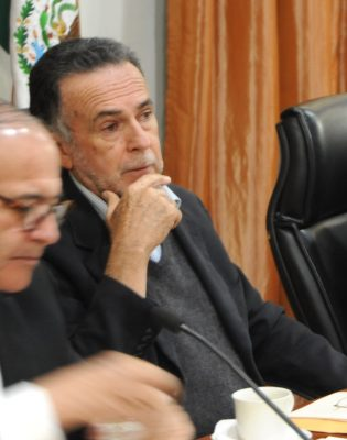 Pide licencia síndico Carlos Medina