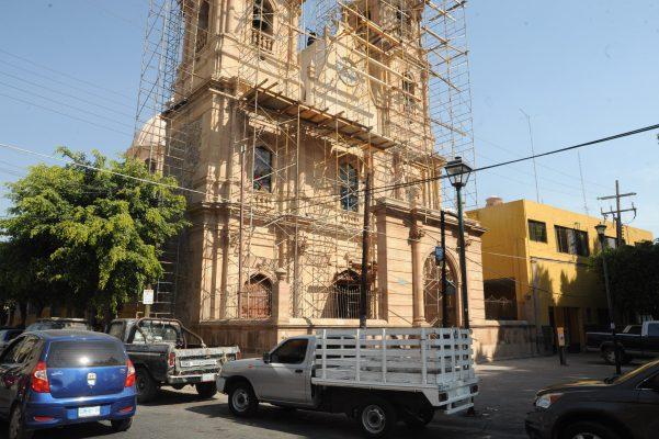 Avanzan los trabajos de rehabilitación de barrios y templos