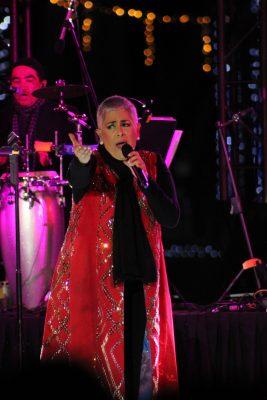 Eugenia León fue la encargada de cantarle las mañanitas a las ciudad