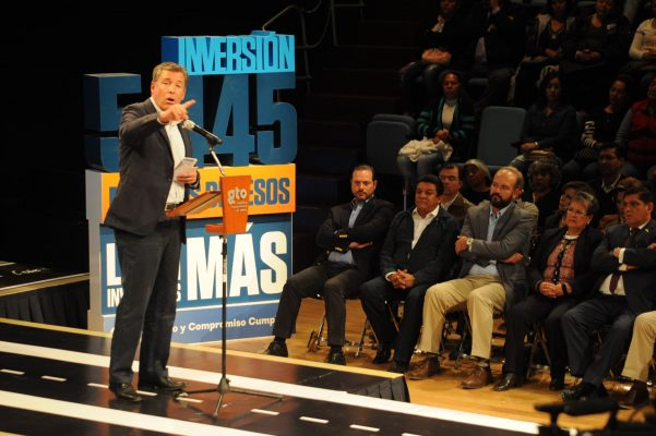 Se ejecutarán 540 obras en León este año: Márquez