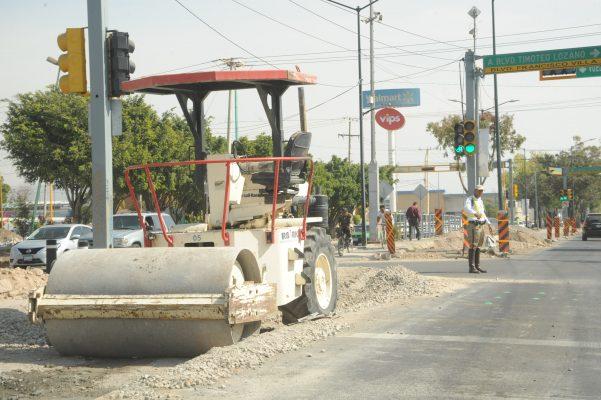 Por licitar la conexión de distribuidor y carretera