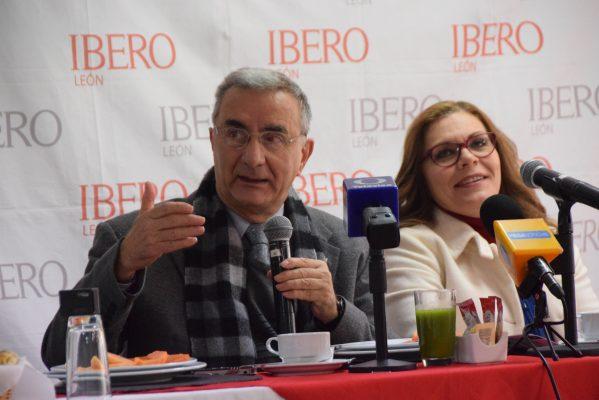 Lanza Ibero dos nuevas carreras