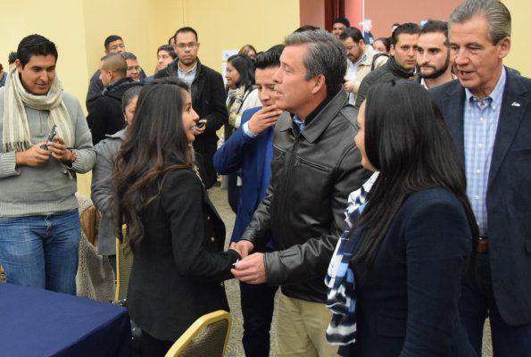 Subraya Gobernador esfuerzos en beneficio de los jóvenes de la entidad