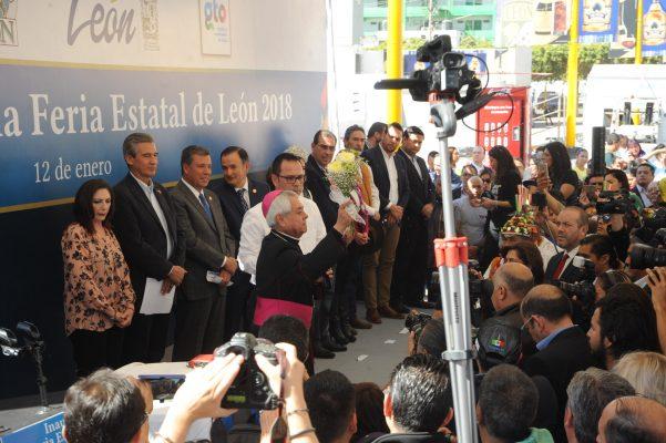 Llama Arzobispo de León a políticos a servir y ser factores de unidad