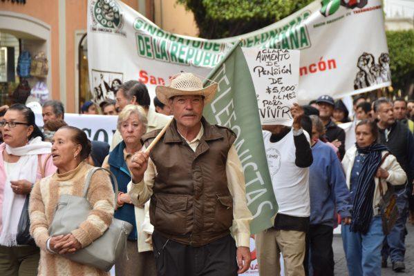Marchan contra reforma laboral