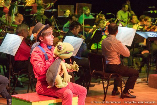 Teatro del Bicentenario vive un concierto de fábulas, animales y color