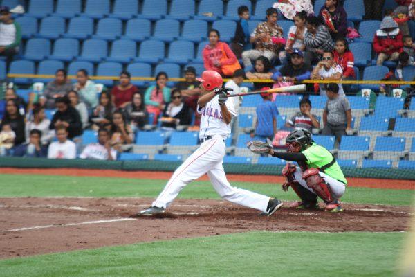 Duelo digno de una final; La Estancia Los Sapos se coronó en el Inter Polos Rurales de beisbol