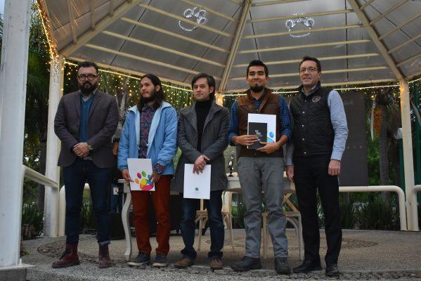 Entregan premio a la literatura de jòvenes guanajuatenses