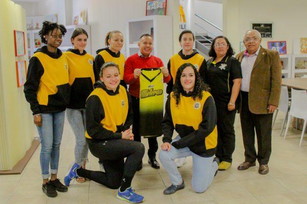 Un ejemplo en la capital; El alcalde de Guanajuato, recibió a las Mieleras para desearles suerte