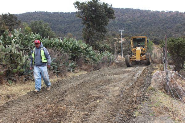 Inicia reparación de caminos del Rally