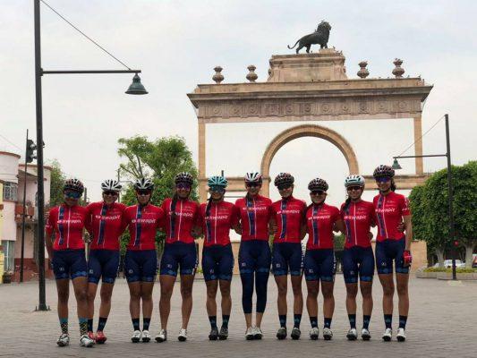 """Equipo profesional de ciclismo femenil en nuestro país, entrena en suelo """"guanajua"""""""