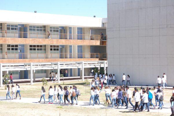 Oferta Universidad Nacional Autónoma de México 8 licenciaturas en León