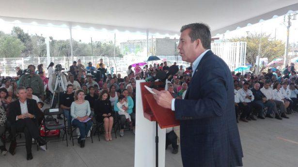 Gobernador inaugura Centro de Salud en el Potrero