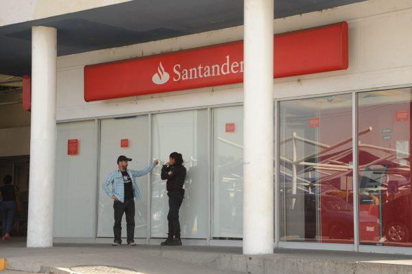 Cerrarán los bancos el próximo lunes