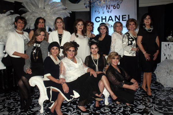 Helen Anaya de Baca celebra al estilo Chanel