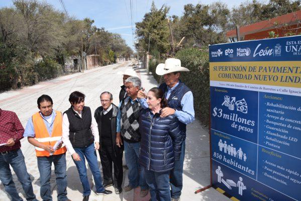 Supervisa Alcalde obras de pavimentación en comunidades
