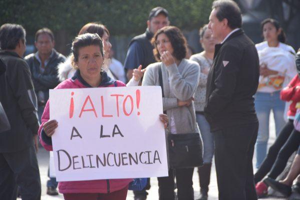 Habitantes de San Isidro se manifiestan afuera Palacio Municipal por la inseguridad