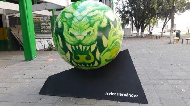 El balón gigante en honor a La Fiera se quedará en León