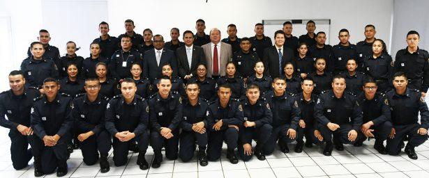 Se integran 42 policías a las Fuerzas de Seguridad Pública