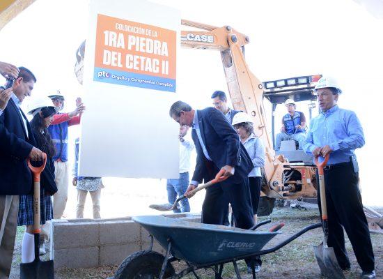 Colocan primera piedra del CETAC II en León