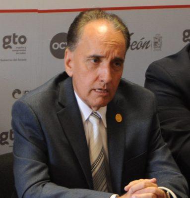 Continuará Gabino Fernández al frente de la Canaco León