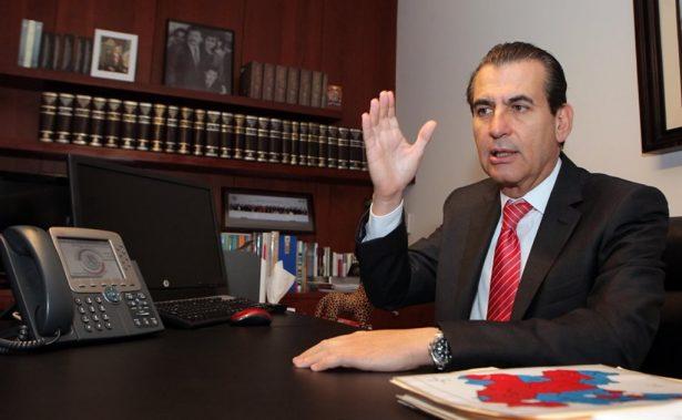 Discuten candidatura de Miguel Ángel Chico