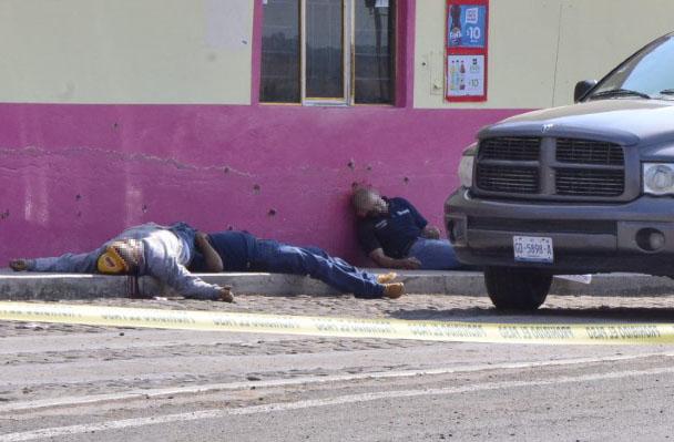Asesinan a tres empleados de la Presidencia Municipal