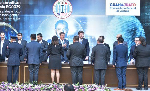 Entrega Guanajuato certificados en Competencia