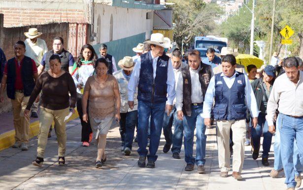 Alcalde Héctor López Santillana no tiene derecho a usar los escoltas