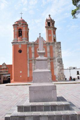 """""""Desaparece"""" cruz en la plaza de San Juan de Dios"""