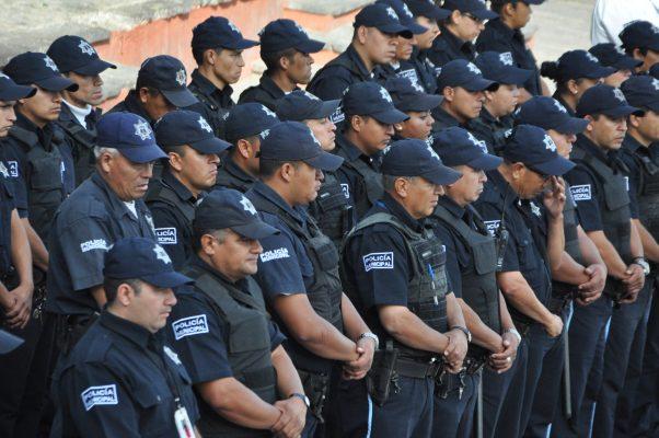 Avanzan penas por asesinar policías